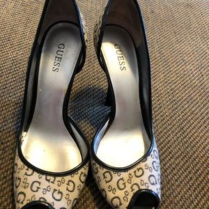 Guess blue monogram leather heels